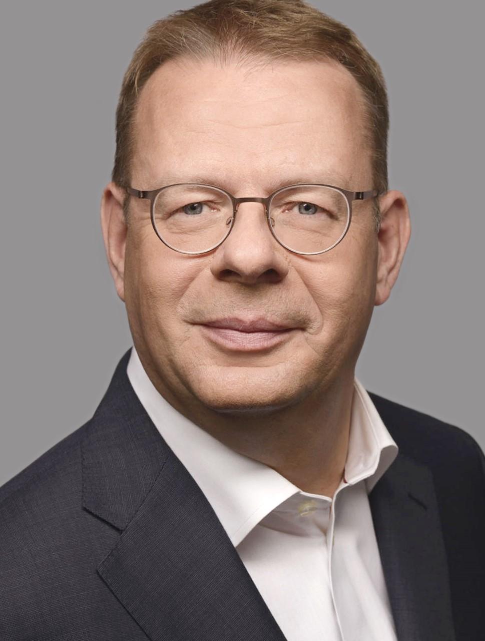 Dr. Felix Matthes